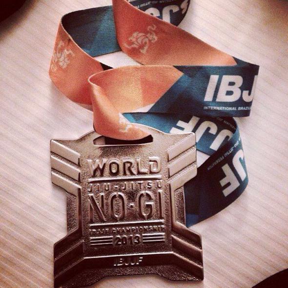 Esta é a terceira medalha de Luis Felipe em disputas mundiais. Crédito: Reprodução Instagram