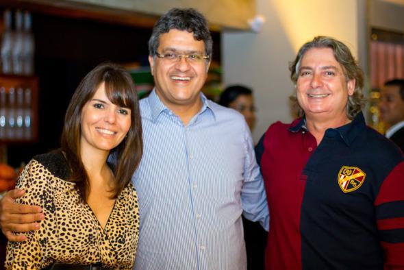 Juliana Garrido, Jayme Asfora e Otávio Moraes. Crédito: Juliane Kehrle / Divulgação