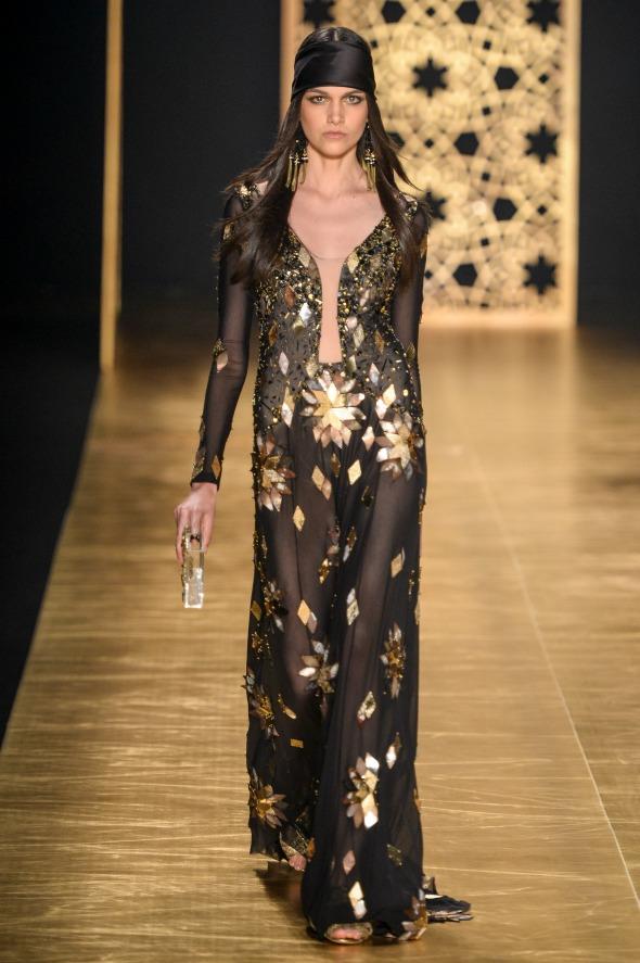 Natural do Recife, Isabella Melo foi o destaque do primeiro dia do Fashion Rio - Crédito: Agência Fotosite/Divulgação