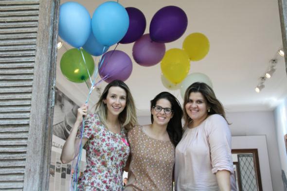 Bruna Monteiro, Mariana Berreto e Dani Laranjeiras estão no comando do evento. Crédito: Camila Leão / Divulgação