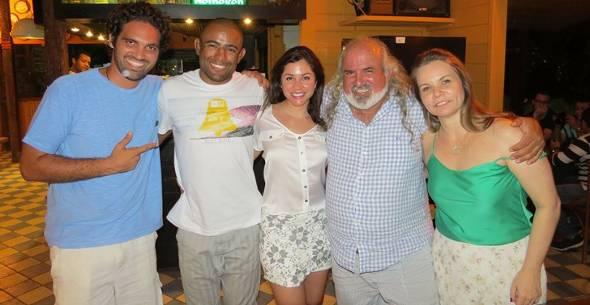 Tuca Sultanum, Serginho Moraes (namorado de Maria), Maria, Zé Maria e Ana Cláudia Sultanum -  Crédito: Foto: Ana Clara Marinho