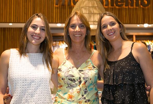 Maria, Tininha e Marina da Fonte - Crédito: Charles Johnson/Divulgação