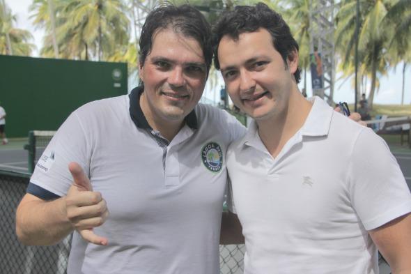 Sergio Cavalcanti com Gustavo Azevedo, diretor do Credit Suisse no Brasil - Foto: Divulgacao/FotoMoksha.com