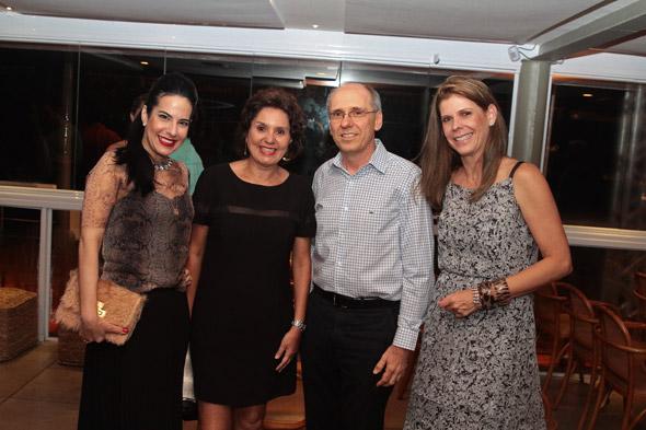 Ana Paula Cascão, Amelinha Peixoto,Múcio Souto e Carol Boxwell - Crédito: Nando Chiappetta/DP/D.A Press