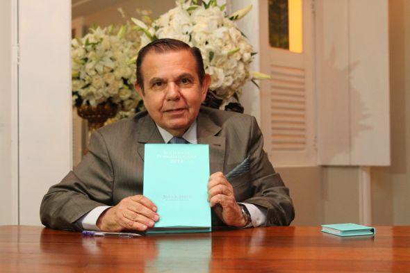 João Alberto lança a 31a edição do seu livro. Crédito: Paulo Paiva / DP / D.A Press
