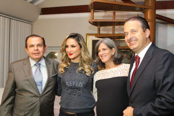 João Alberto, Claudia Leitte, Renata e Eduardo Campos. Crédito: Paulo Paiva / Divulgação