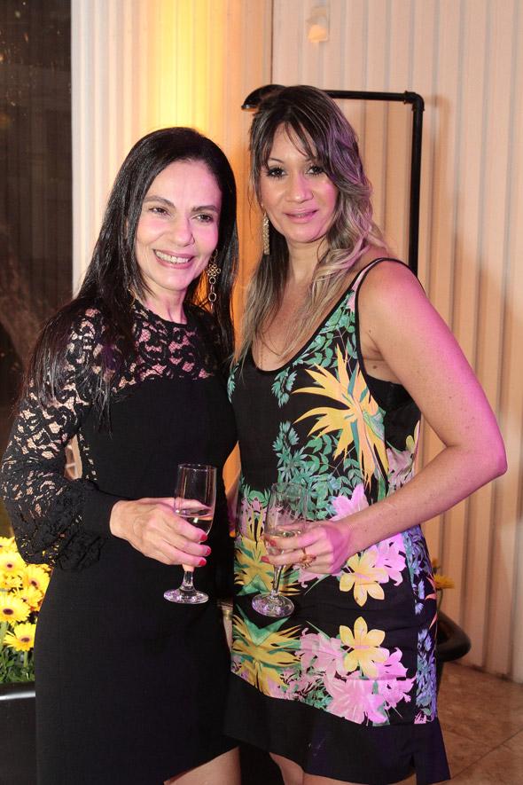 Suely Azevedo e Renata Leandro - Crédito: Nando Chiappetta/DP/D.A Press