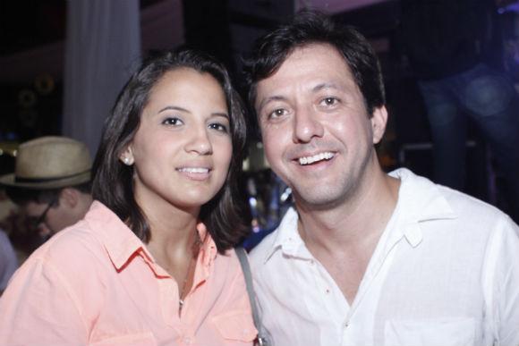 Eduarda Campos e Gustavo Satou - Crédito: Aryella Lira/ Vagalume