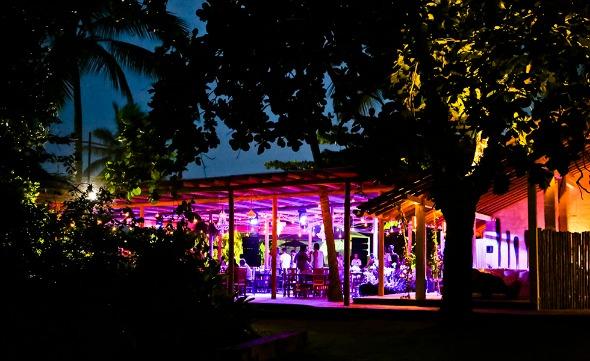 Cafe de La Musique em Trancoso - Crédito: Ali Karakas