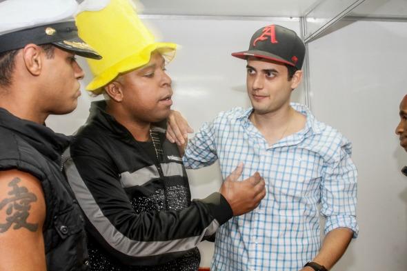 Lucas Gomes com o Bonde do Tigrão - Crédito: Innovo/Divulgação
