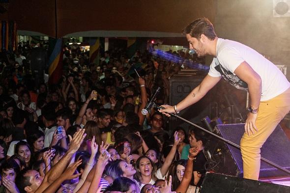 O público cantou ao som da banda Jammil - Crédito: Duda Carvalho/Divulgação