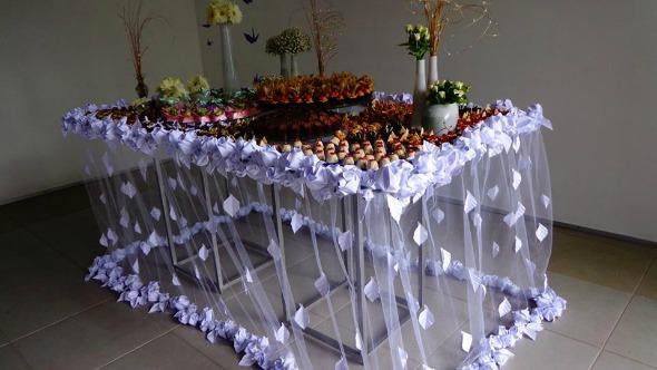 Mesa de doces Crédito:  Helena Makiyama/Divulgação