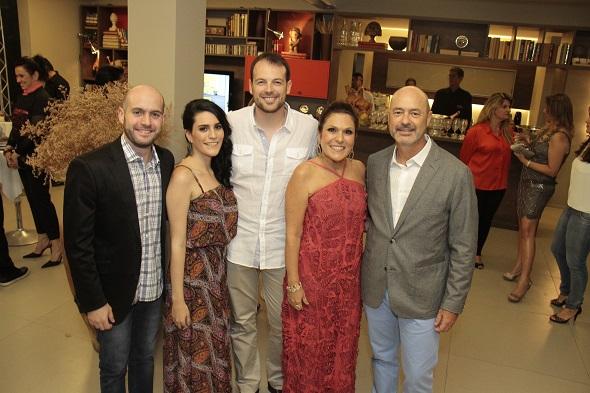 Alessandro Curra, Duda Curra, Mateus Corradi, Beth e Sandro Curra - Crédito: Gleyson Ramos/Divulgação