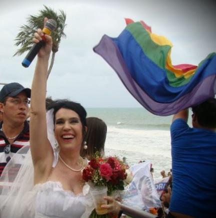 A fantasia de noiva é uma das preferidas - Crédito: Diogo Carvalho/DP/DA Press