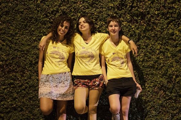 As meninas do bloco Ou Vai ou Racha fazem o agito na festa - Crédito: Reprodução Facebook