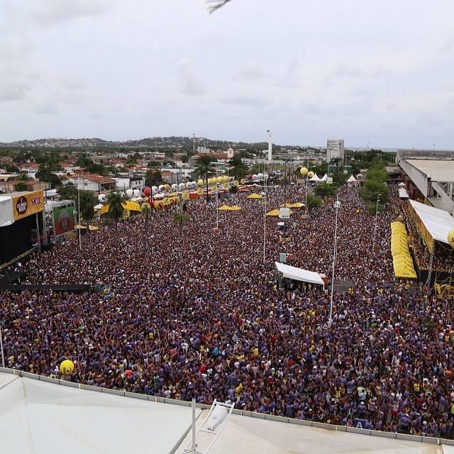 Público de 30 mil pessoas lotou o espaço neste domingo