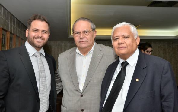 Ricardo Oliveira,Gustavo Paes de Andrade,Adalberto Melo - Crédito Cristiane Silva/Esp.DP/D.A Press
