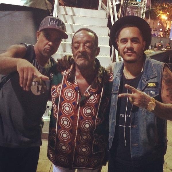 Zé Brown, Naná Vasconcelos e Marcelo D2 ensaiaram no Marco Zero Crédito: Instagram