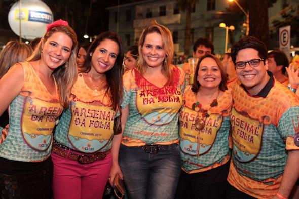 Carolina Magalhães,Karina Siqueira,Simone Vanderley,Fatima Lins e André Nunes - Crédito: Nando Chiappetta/DP/D.A Press