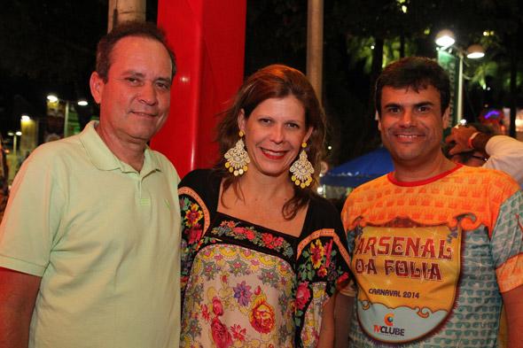 Alberto Simões, Carol Boxwell e Alano Vaz - Crédito: Nando Chiappetta/DP/D.A Press