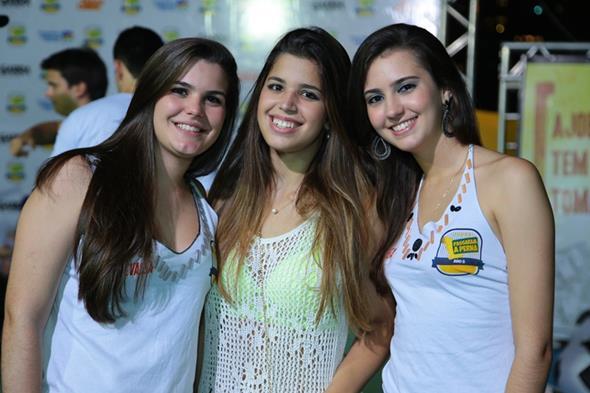 Bruna Buonora, Camila Bacelar e Maria Luiza - Crédito: João Gonçalves/Divulgação