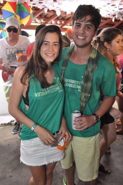 Guilherme Pitt e namorada.  Crédito: Camila Neves/Gonetwork