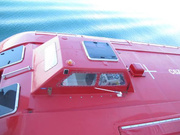 Um dos moderníssimos barcos salva-vidas
