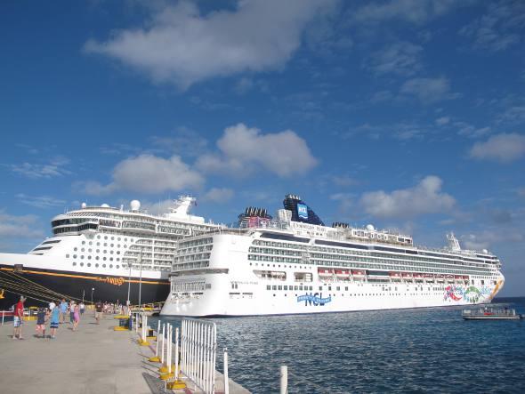 Navios no porto de Cozumel