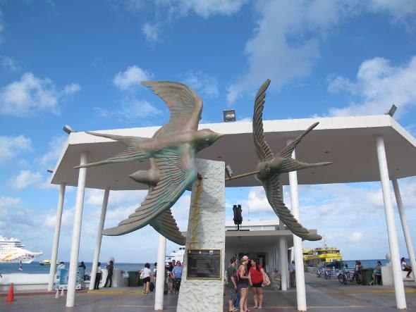 Monumento no centro de Cozumel