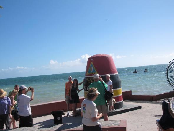 Turistas do marco da distância para Cuba