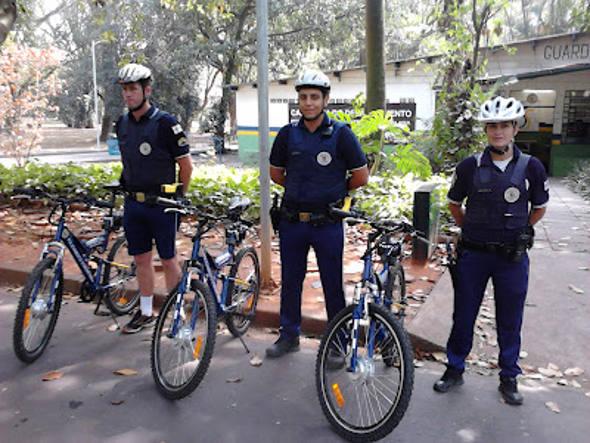 Bicicletas e policiais?Divulgação