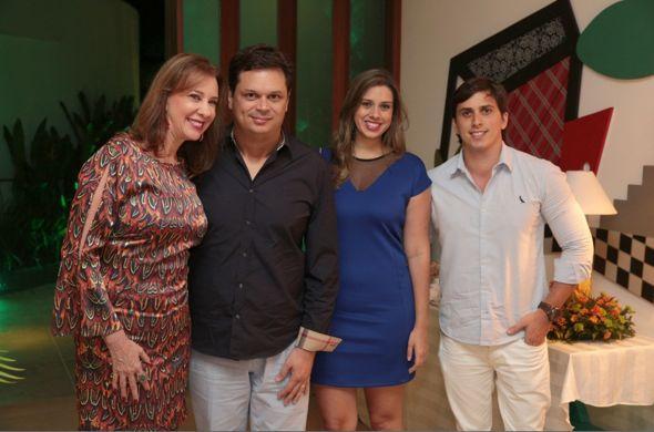 Sofia Lins, Drayton, Gabriela e Daniel Asfora. Crédito: Insight / Divulgação
