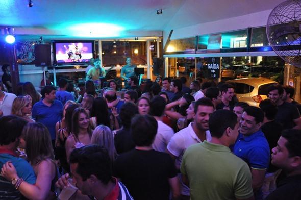 Rafa Mesquita  no palco - Crédito: Go Network/ Divulgação