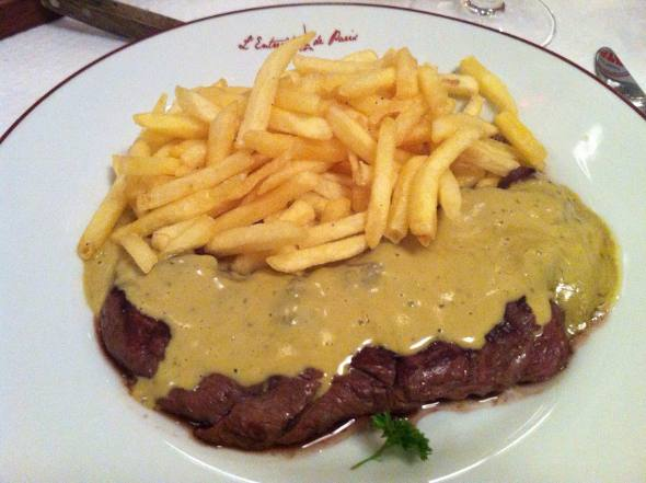 O prato único do Entrecôte de Paris