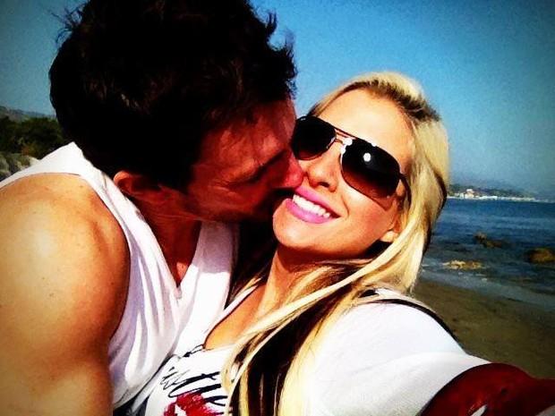 Clara com o marido, Fabian Crédito: Instagram