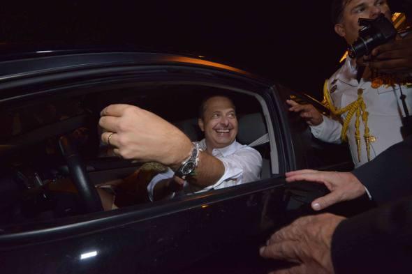 Eduardo Campos saiu dirigindo o Kia do filho/ Eduardo Braga