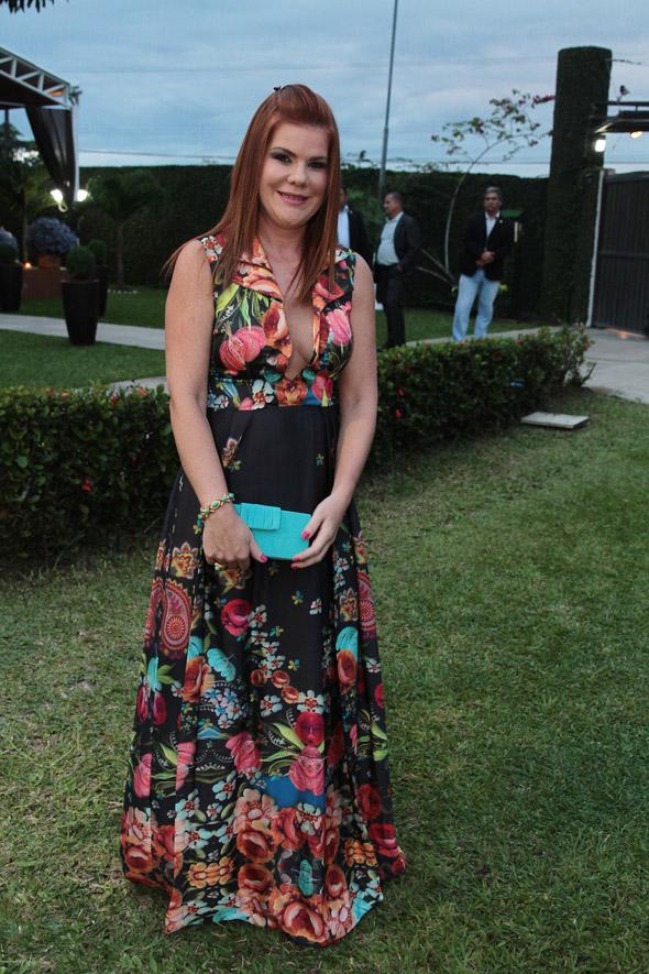 A bela Taciana Mendonca chamou atencao com um vestido floral da Emporio HD - Credito: Nando Chiappetta/DP/D.A Press