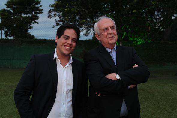 Jarbas Filho com o pai Jarbas Vasconcelos - Credito: Nando Chiappetta/DP/D.A Press