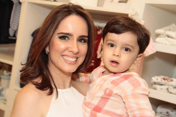 Isabela e seu Enzo. Crédito: Gleyson Ramos / Divulgação