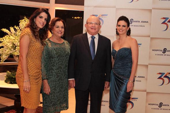 Juliana , Ângela, Eustácio  Veira e Fernanda - Crédito: Nando Chiappetta/DP/D.A Press