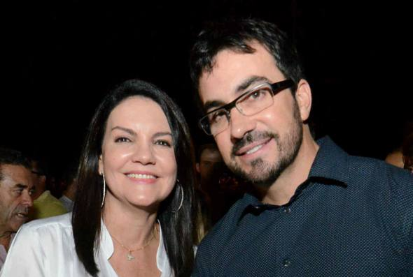 A primeira dama Leila Queiroz e o padre Fábio Melo
