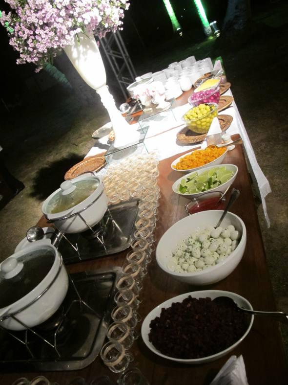 Mesa dos pratos frios