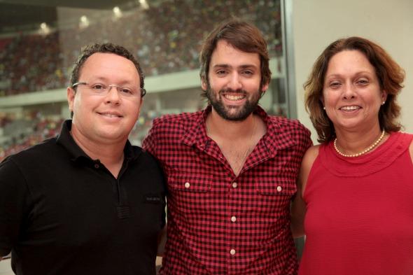 Sid Vasconcelos, Jorge Peixoto e Marta Lima Crédito: Gustavo Penteado/Divulgação