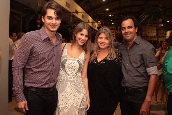 Victor Carvalheira, Eduarda Dubeux, Dedeka Galvão e Rafael Accioly - Crédito: Nando Chiappetta/DP/D.A Press