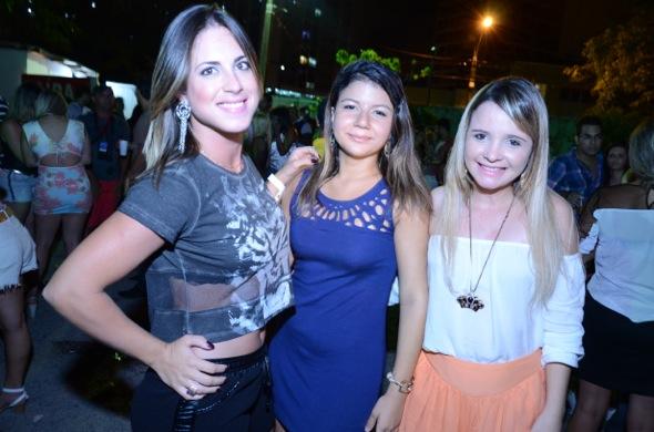Yve Catarina, Tuany Batista e Wythila Cunha. Crédito: Ricardo Moreira/ Divulgação