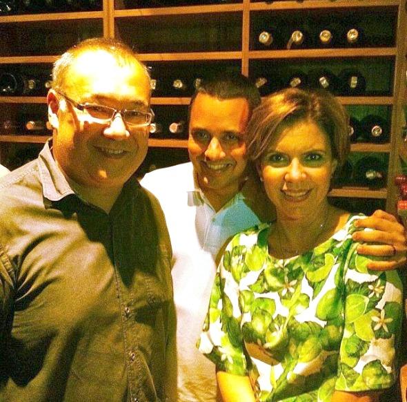 O chef Márcio Fushimi recebeu a apresentadora Astrid Fontenelle e o marido Fausto Franco  - Crédito: Reprodução do Instagram