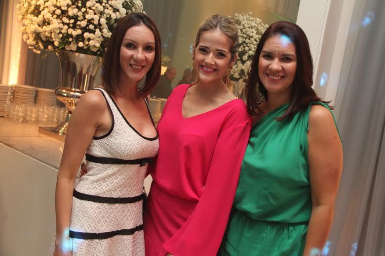 Denise Tinoco, Marília Vieira e Jamine TInoco Crédito: Allan Torres/Esp. DP/D.A.Press.