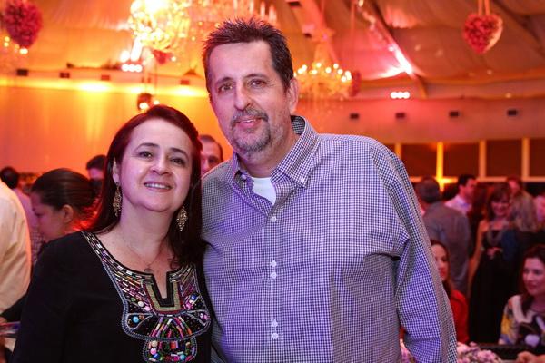 Marcelo e Roberta Canuto - Crédito: Paulo Paiva/DP/D.A Press