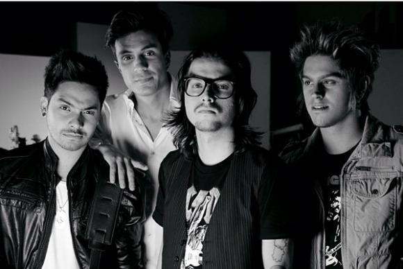 Restart Crédito: Instagram oficial da banda