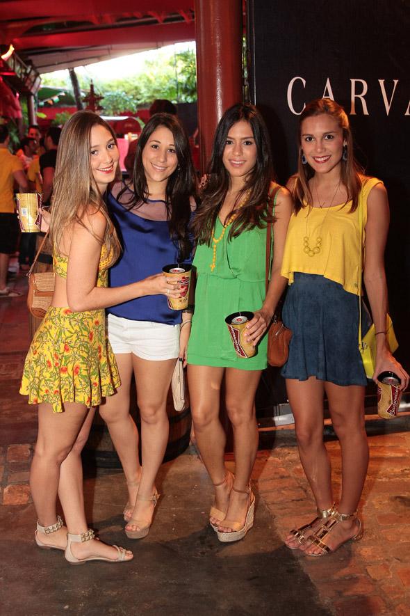 Amanda Luiggi, Eduarda Russo, Camila Buarque e Karol Matos - Crédito:Nando Chiappetta/DP/D.A Press